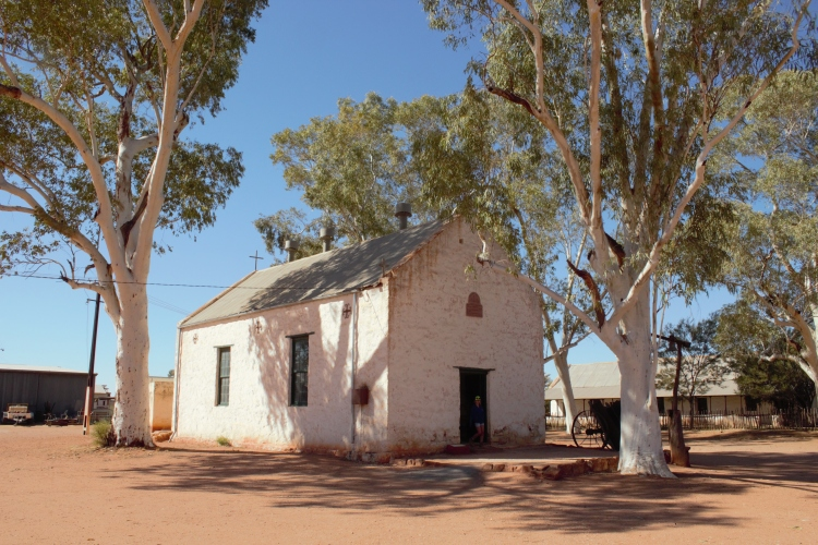 Hermannsburg & Palm Valley church
